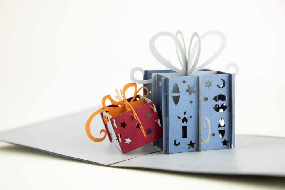 Awesome-3D-Cards-HarlowBirthdayCard2